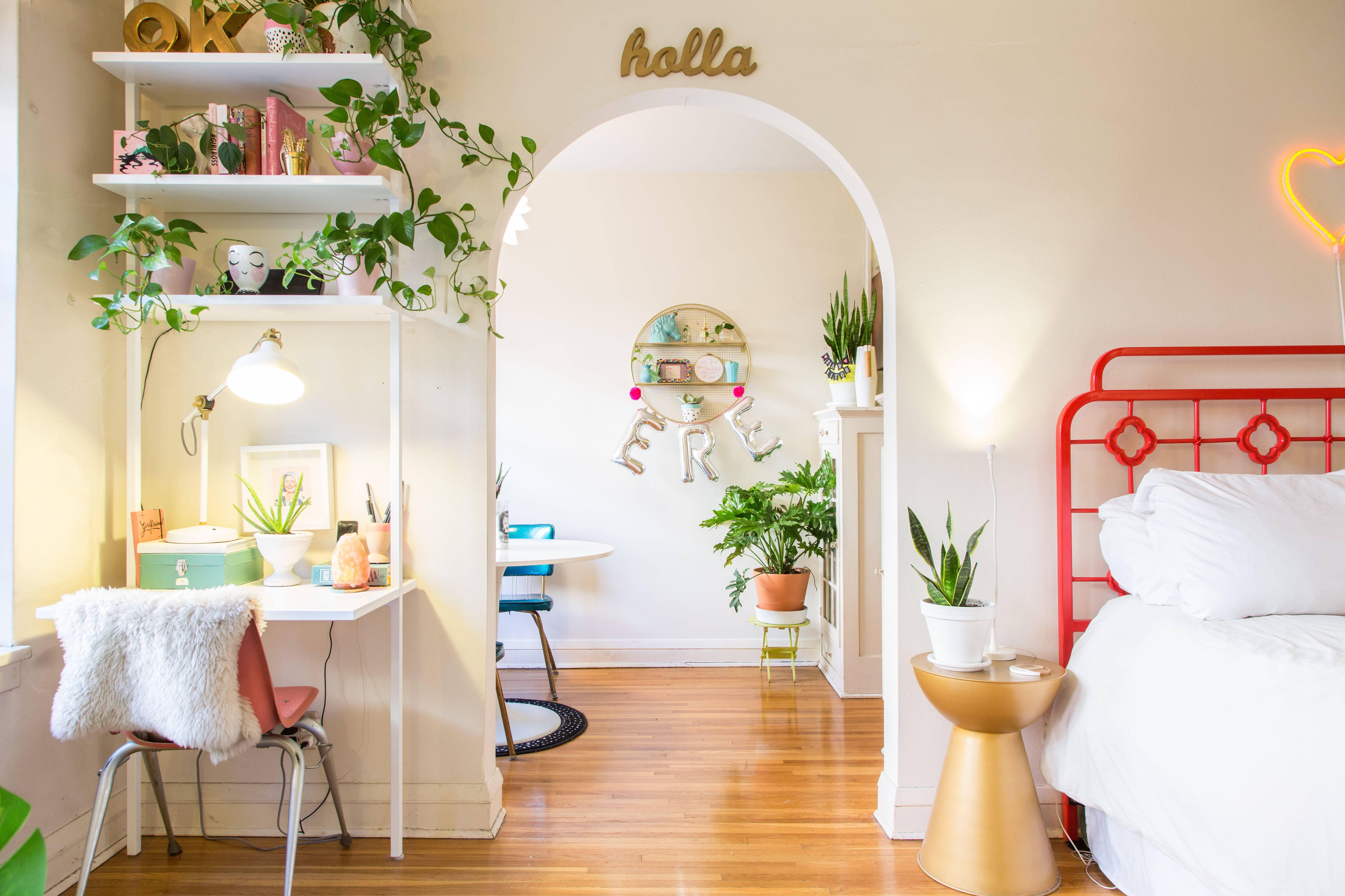 A 400 Square Foot Studio Packs a Sassy Creative Punch