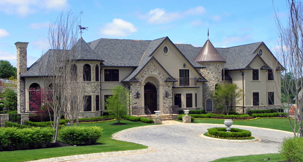 Luxury Homes In Todt Hill Staten Island Ny Herman Co House Exterior Farmhouse Style House Luxury Homes Dream Houses