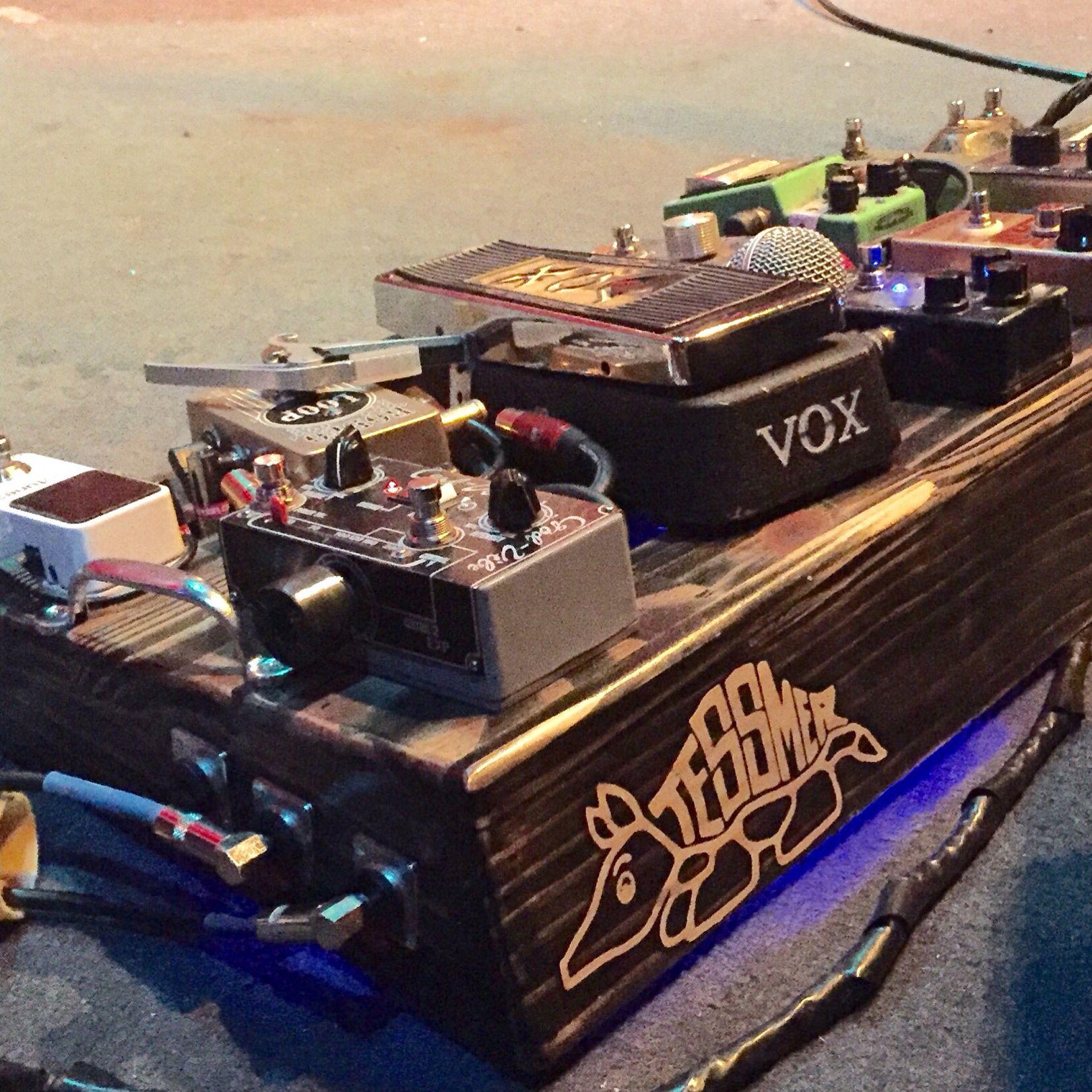 Relic pedalboard