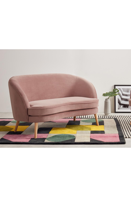 Gertie 2 Sitzer Sofa Samt In Vintagerosa Sofa Furniture Decor