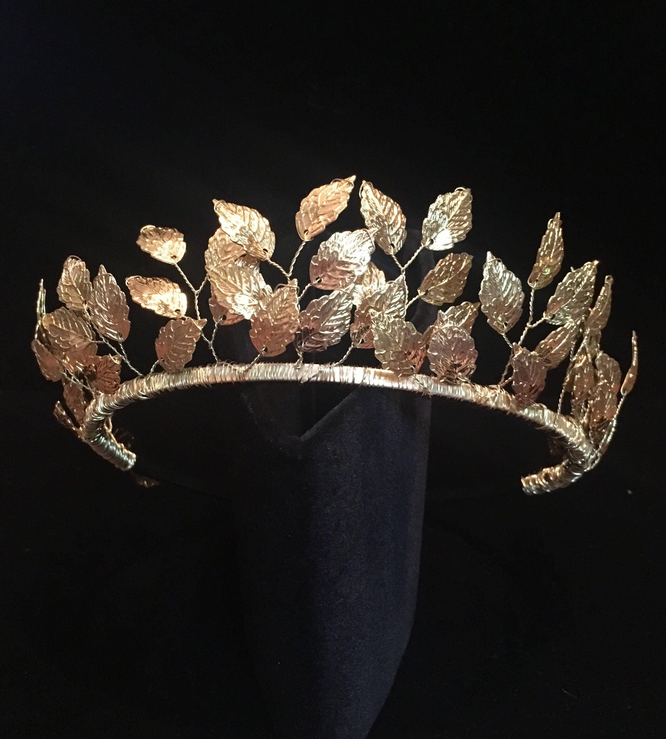 Crown Pearl crown Tiara Wreath Wedding Bridal headpiece Crystal crown  Maternity photoshoot