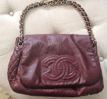 e6f9d7a4949c Classic Flap Rock and Chain Logo Maroon Patent Leather Shoulder Bag ...
