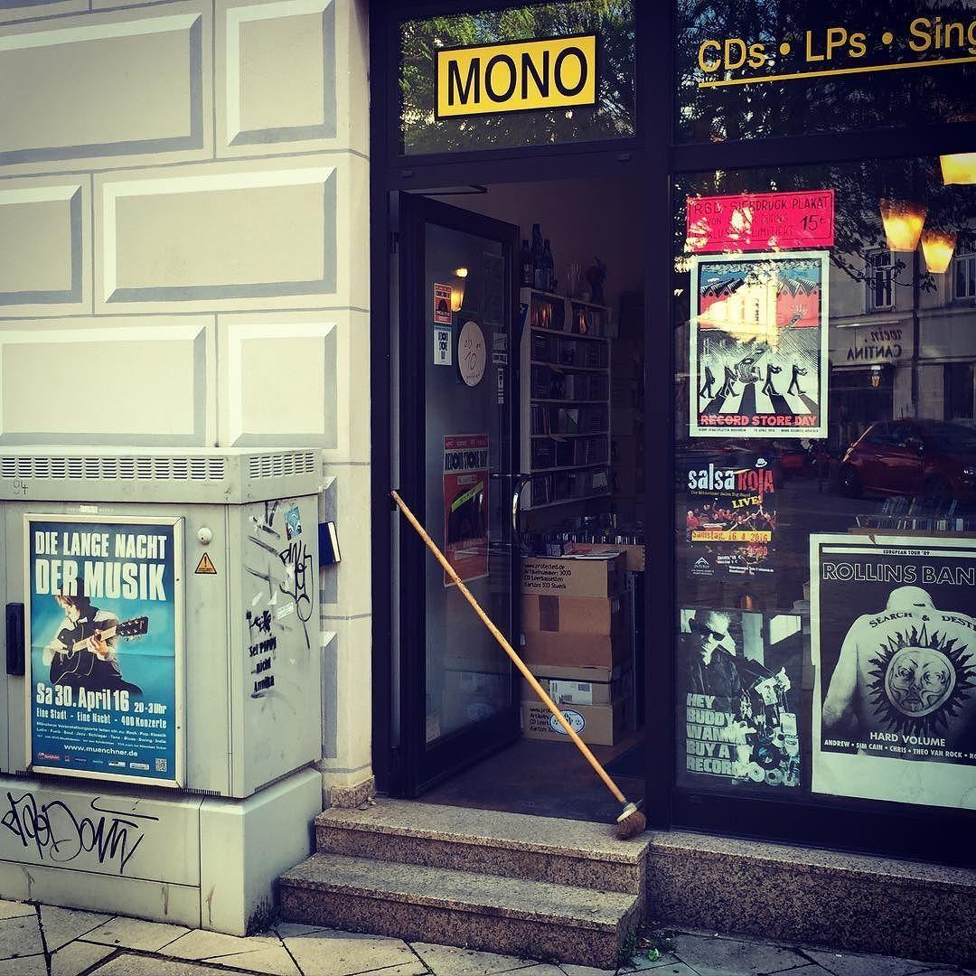 Bei MONO und in vielen anderen Schallplattenläden auf der ganzen Welt ist heute…