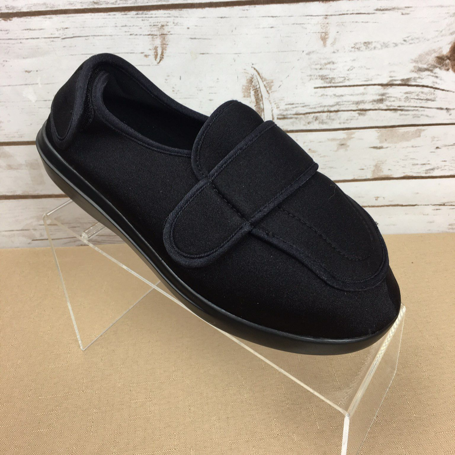 1193016cbc8 Propet Black Stretch Shoes 8.5 X(2E) - Mercari  BUY   SELL THINGS ...