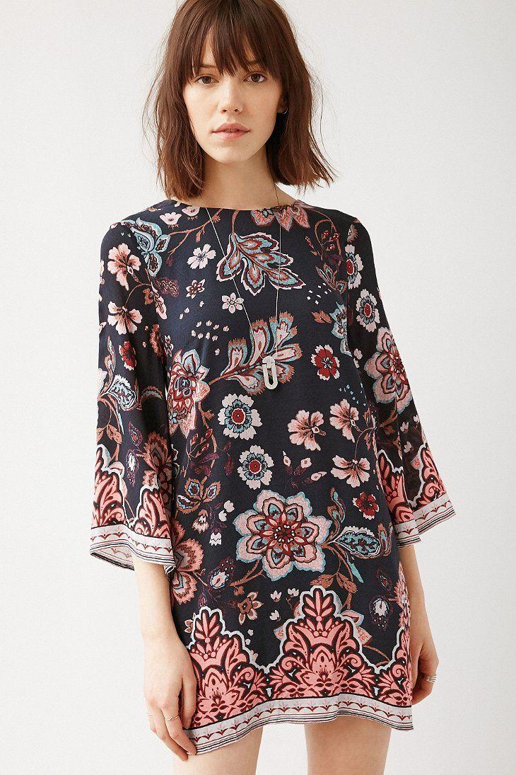 Ecote Gineva Printed Shift Dress