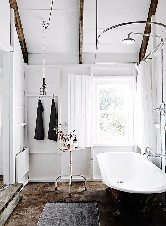 beams please Houses  Homes Pinterest Salle de bains, Salle