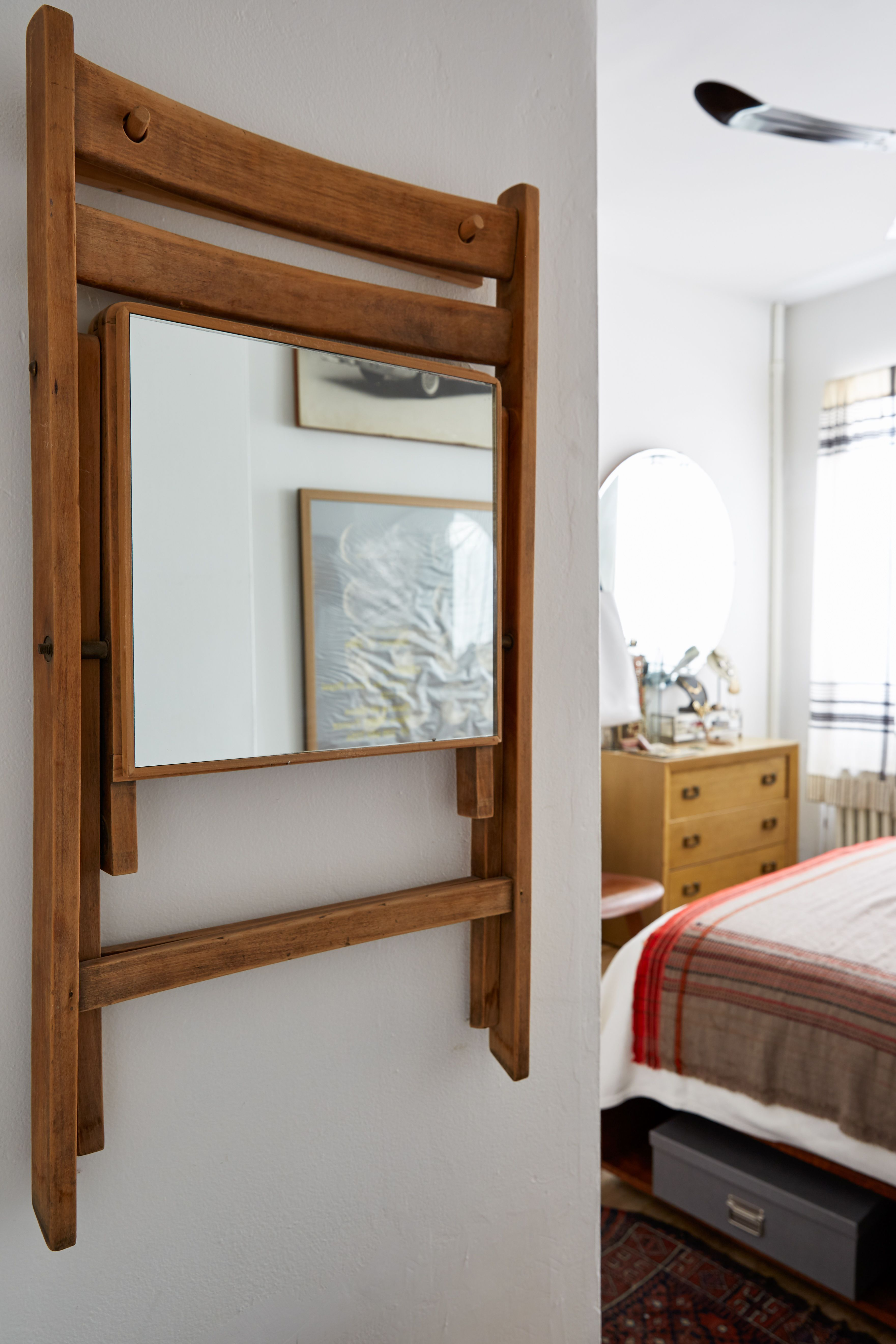 Small Space Solutions 17 Affordable Tips From An Nyc Creative
