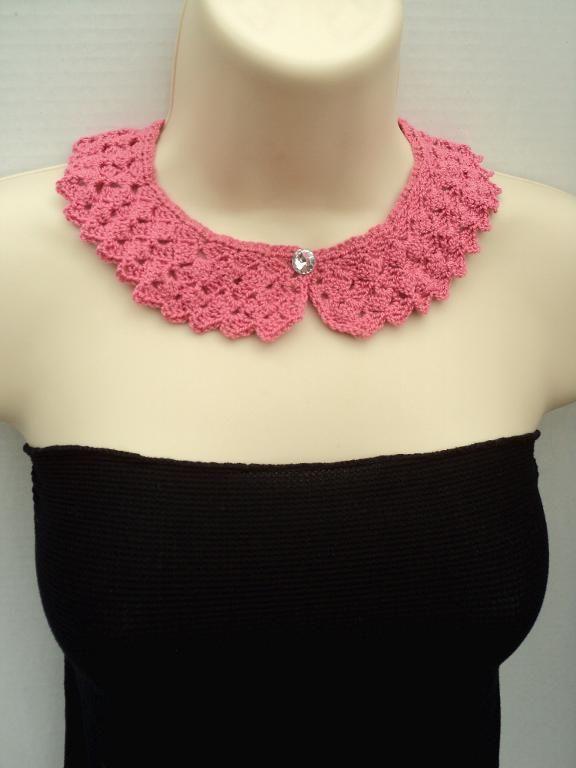 Peter Pan Tulip Stitch Crochet Collar   - via @Craftsy