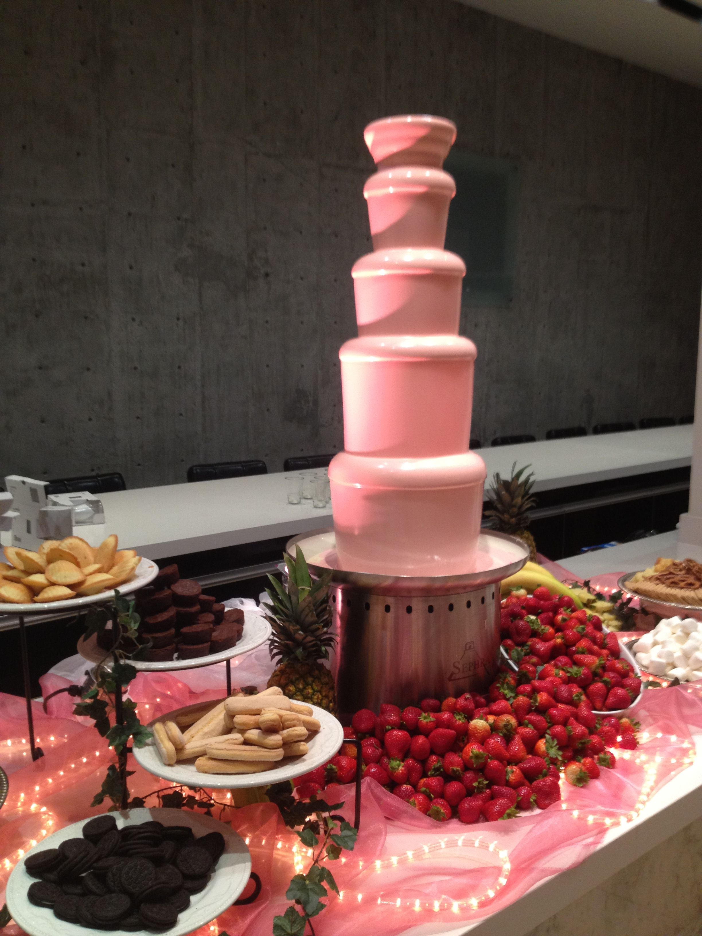 chocolate fountain | Pink Chocolate Fountain - Amor Chocolate ...