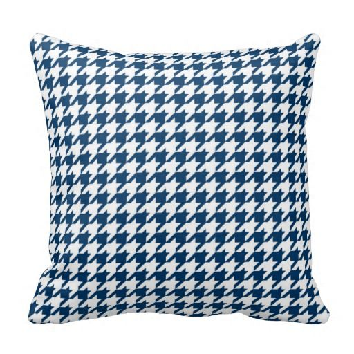 Houndstooth pattern pillow cases