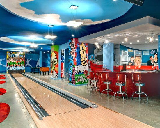 Fun game room with bowling cinema game room pinterest - Sotanos decorados ...