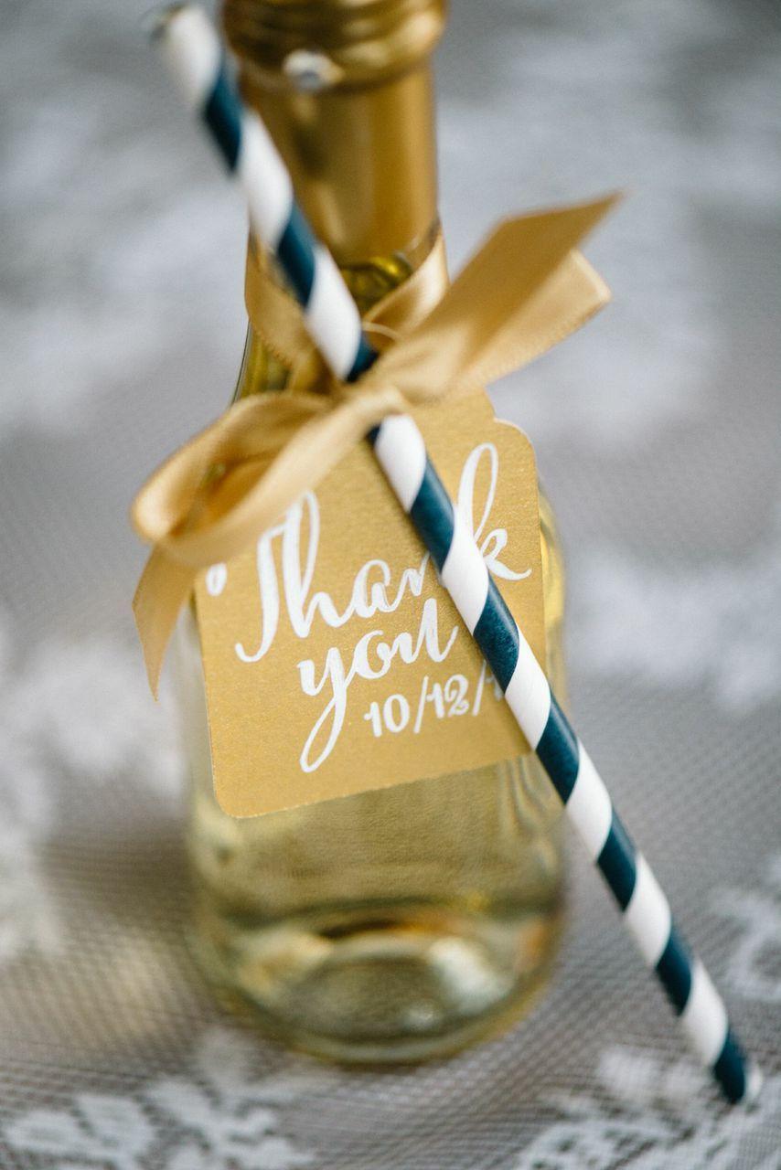 navy and gold cinderella wedding ideas hochzeitsideen platzk rtchen feiern und geschenke. Black Bedroom Furniture Sets. Home Design Ideas