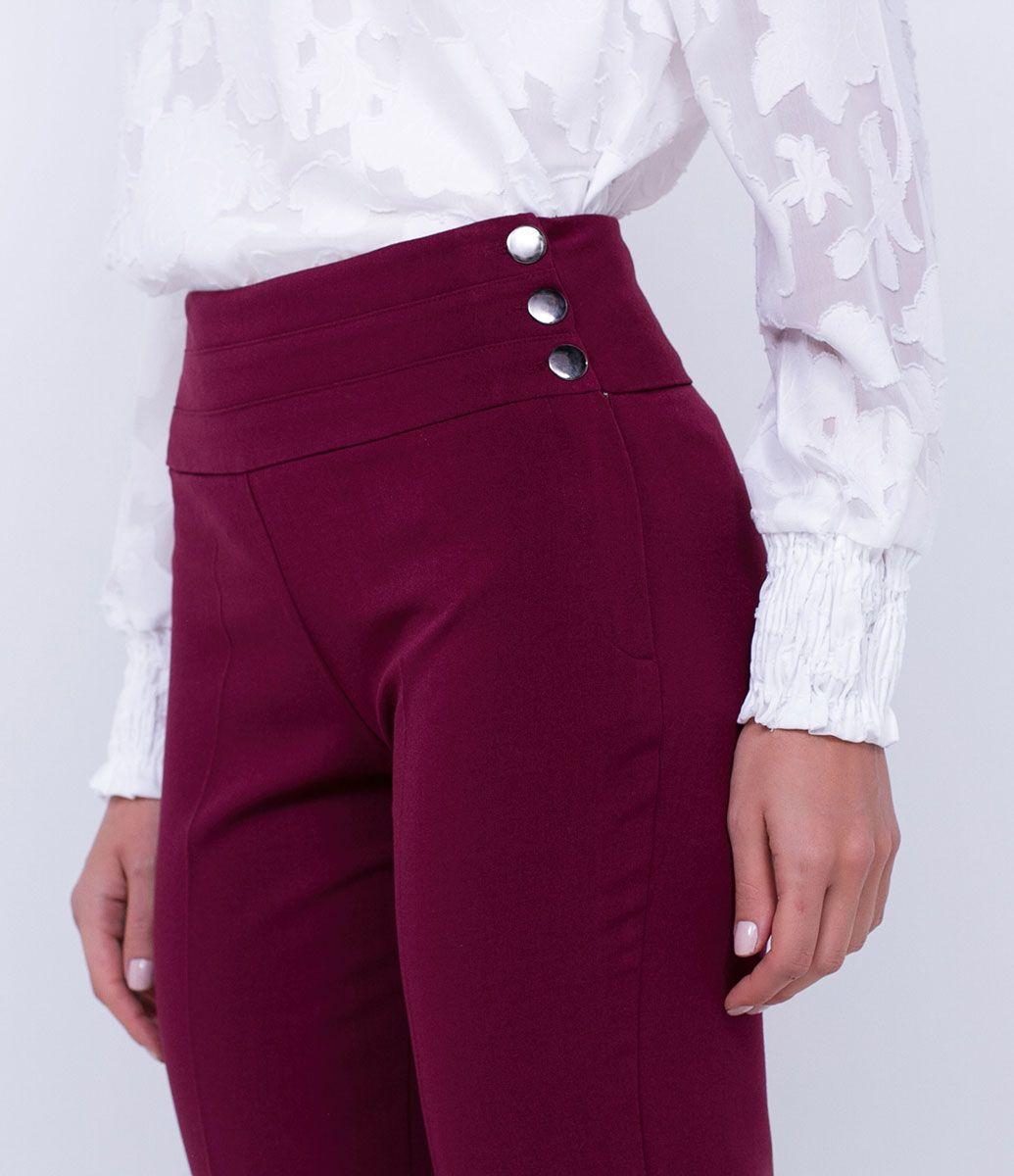 b19841778 Calça feminina Modelo reta Cós simples Com botões Marca: Cortelle Tecido:  Alfaiataria Composição: