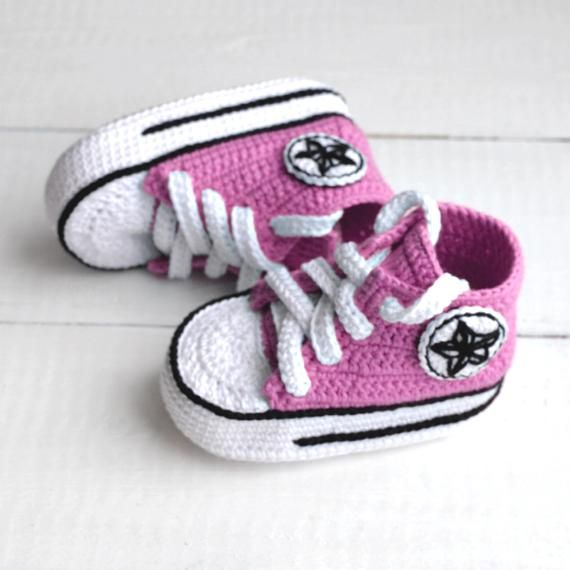 bf299d9d1421 Sneakers crochet Converse All star baby booties Crochet shoes all star  converse all baby booties ba