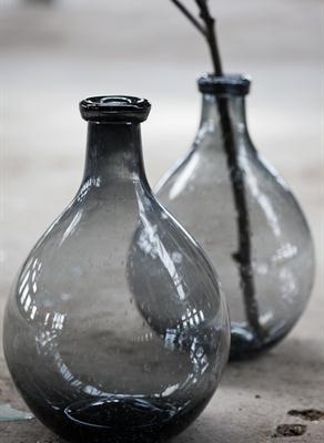 Pretty grey bottles vases van - Groaye glasvase dekorieren ...