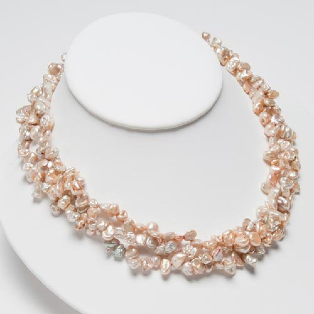 14 Most Elegant Pearl Necklace Designs Really | Pearl necklace ...
