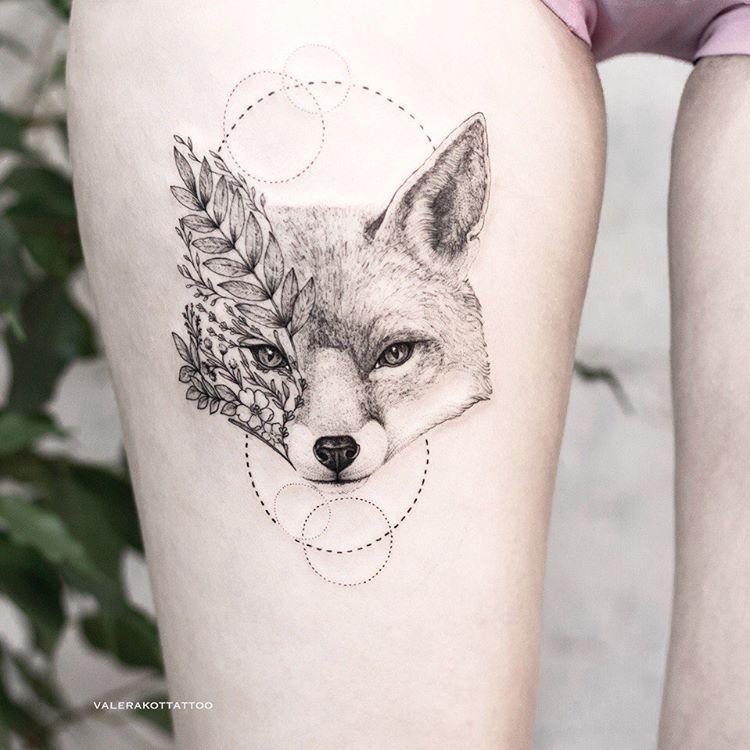 """, Тату и эскизы on Instagram: """"Очаровательная лисичка с цветами в неподражаемой стилистике от @valerakottattoo😻 👉@valerakottattoo 👉@valerakottattoo 👉@valerakottattoo"""", My Tattoo Blog 2020, My Tattoo Blog 2020"""