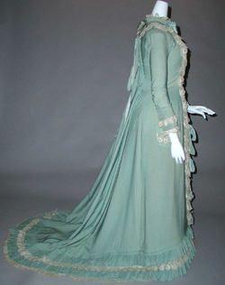 Dress (Tea Gown)  1890