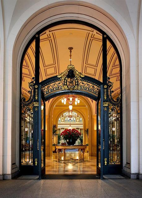 Palace Hotel, San Francisco��Palace Hotel Front Door