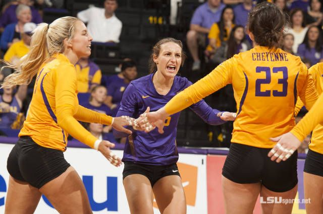 Volleyball S Smith Earns Sec Weekly Honor
