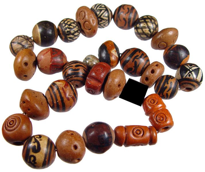 Ceramic beads from Peru circa 1970  Posted by Thomas Stricker
