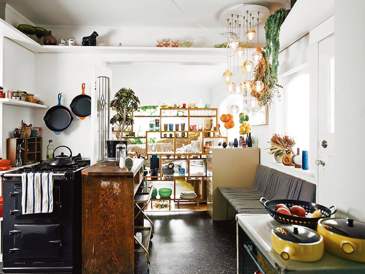 How To Divide A Small Studio Apartment Without Building A Wall Eclectic Home Trendy Kitchen Vintage Apartment