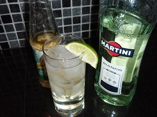martini bianco ginger ale drinks to enjoy pinterest essen und rezepte. Black Bedroom Furniture Sets. Home Design Ideas