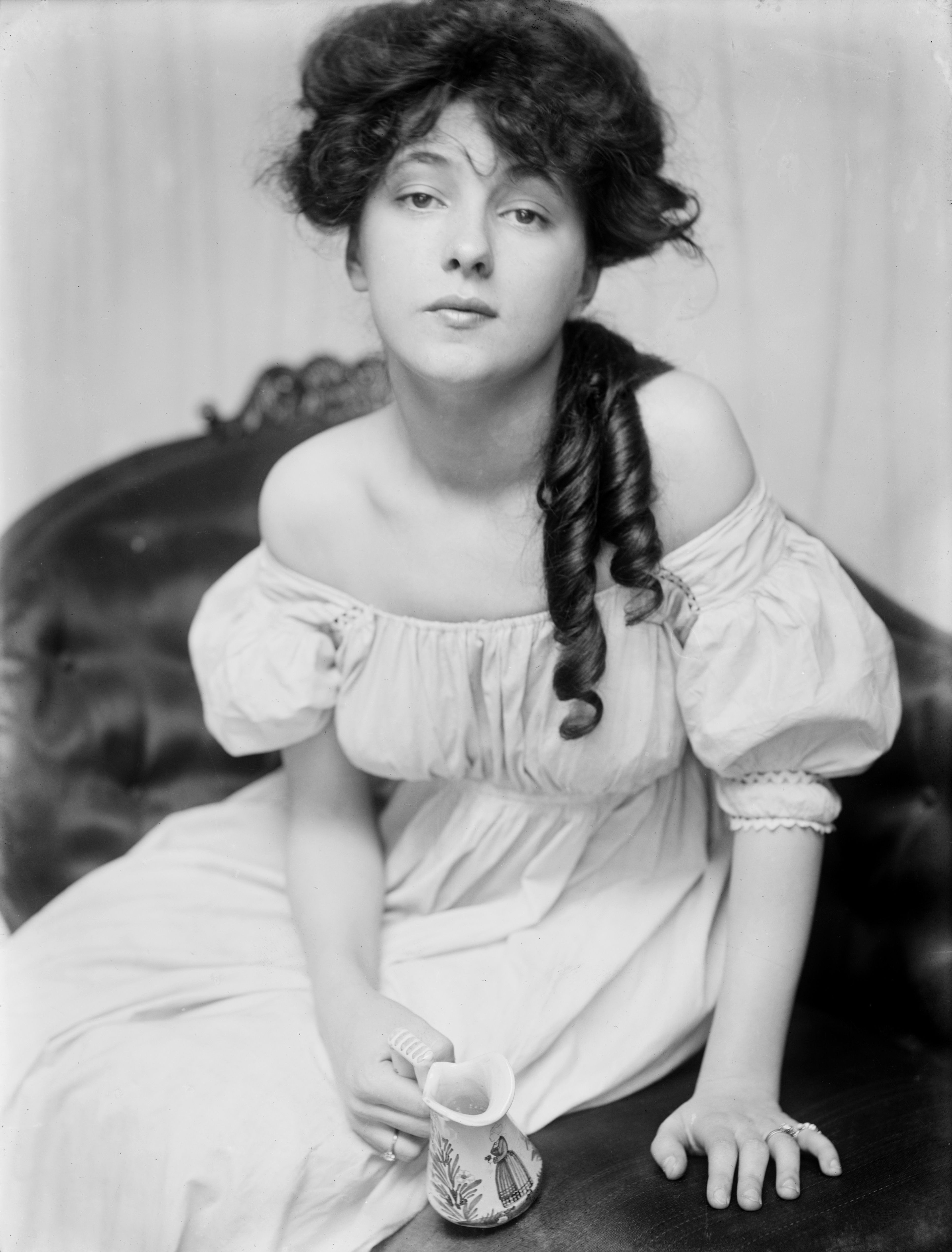One of the most famous scandals was that of  the murder Stanford White, which revolved around actress Evelyn Nesbit.