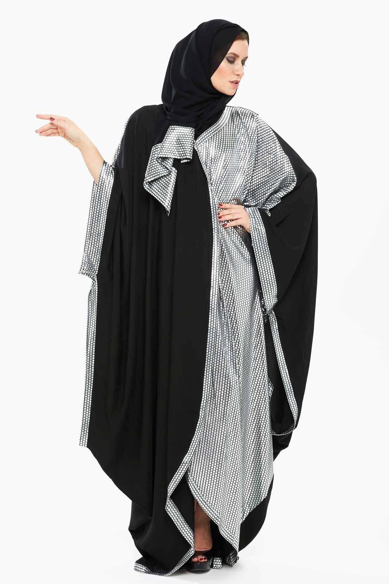 Elegant Xela Black And Silver Abaya Designed With Stylized Bat Sleeves Printed Pattern And Pleats Details It Is C Abaya Designs Abaya Fashion Hijab Fashion