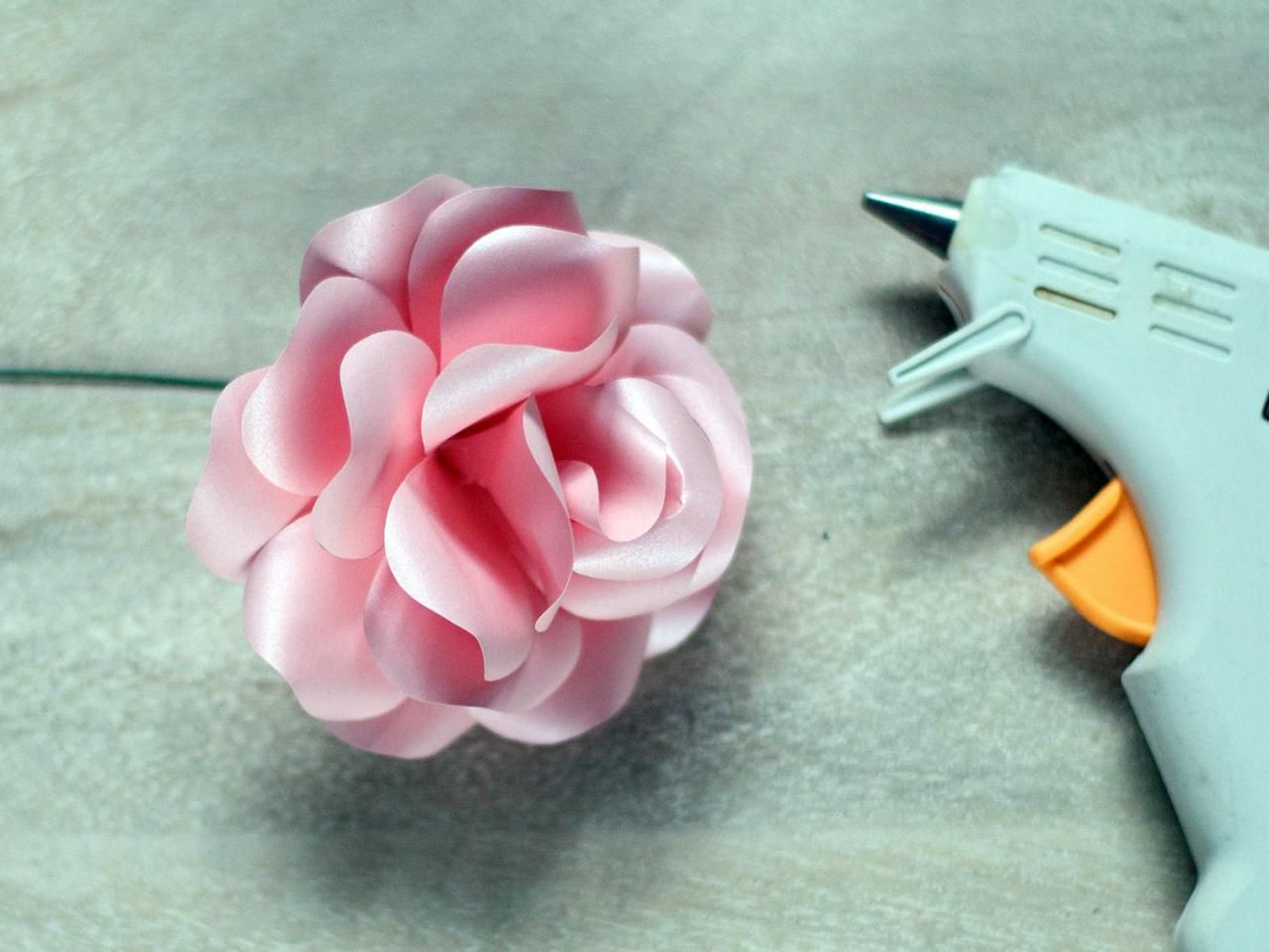 How To Make Paper Roses Template Flower And Rose Diagram Origami By Flowers With Diy Networks Free Downloadable Templates Instructions
