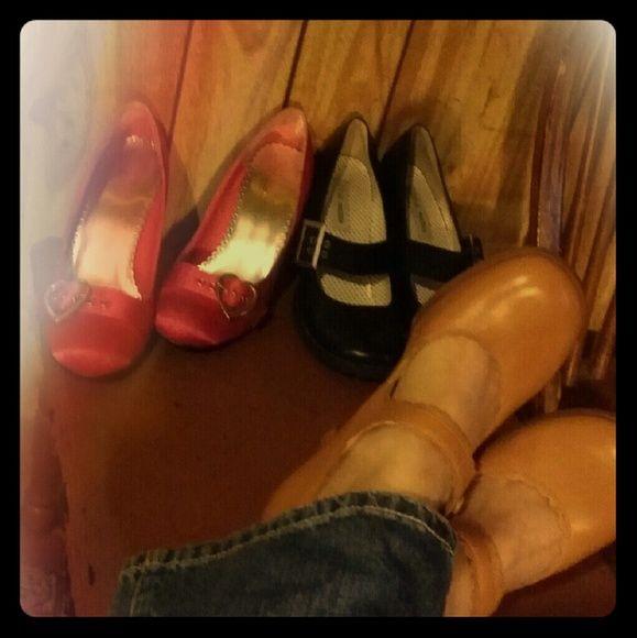 precisamente Nunca Favor  Shoes 3 pr available bundle or separate. ..OFFERS? ? pulse; steve ...