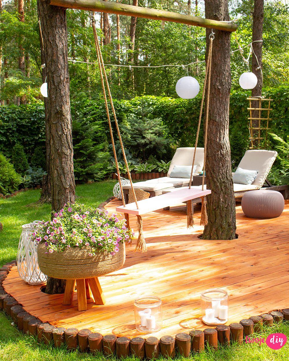 Nowy drewniany taras w moim leśnym ogrodzie