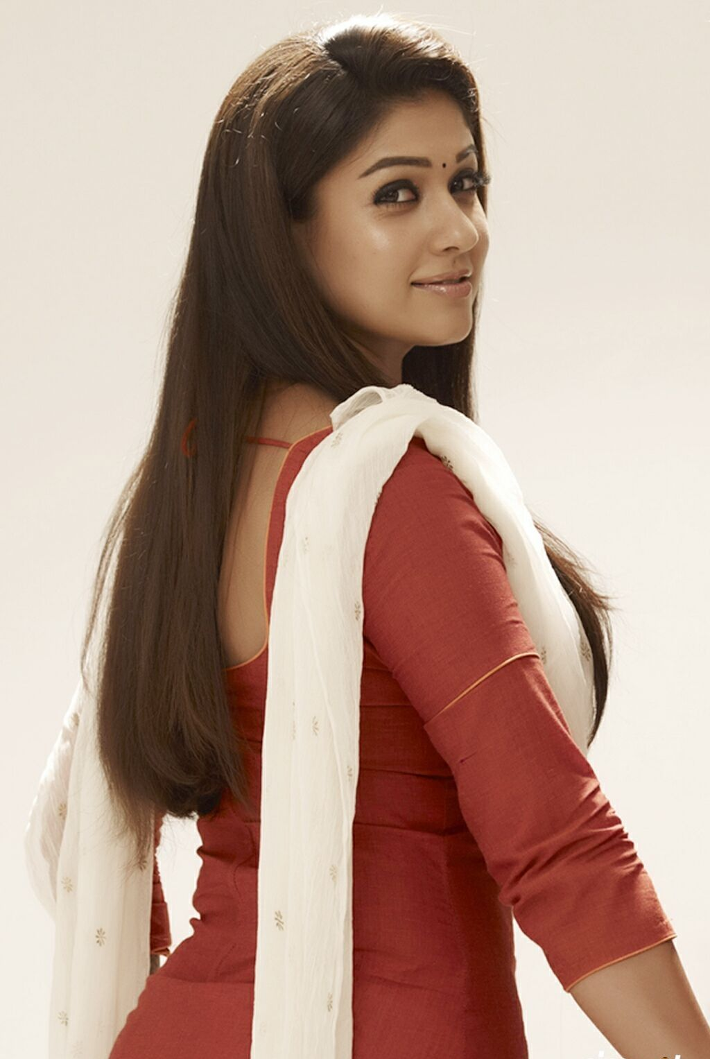 Nayanthara Latest Very Hot Photos 2015 Images Hd Free -7503