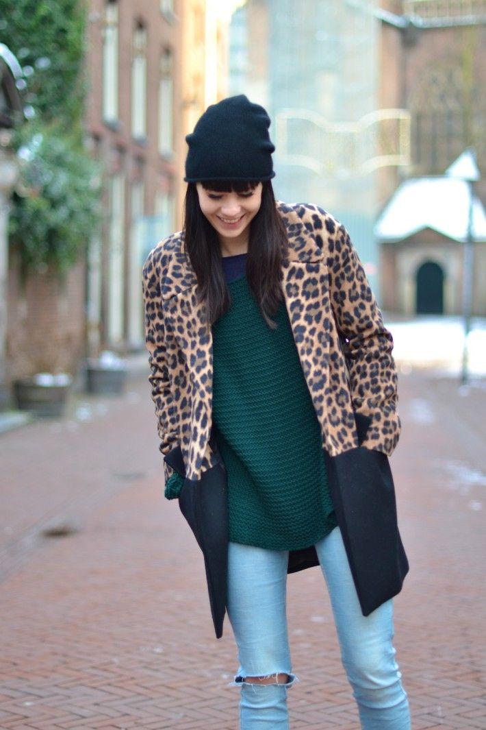 a998220f5d outfit leopard coat zara jeans