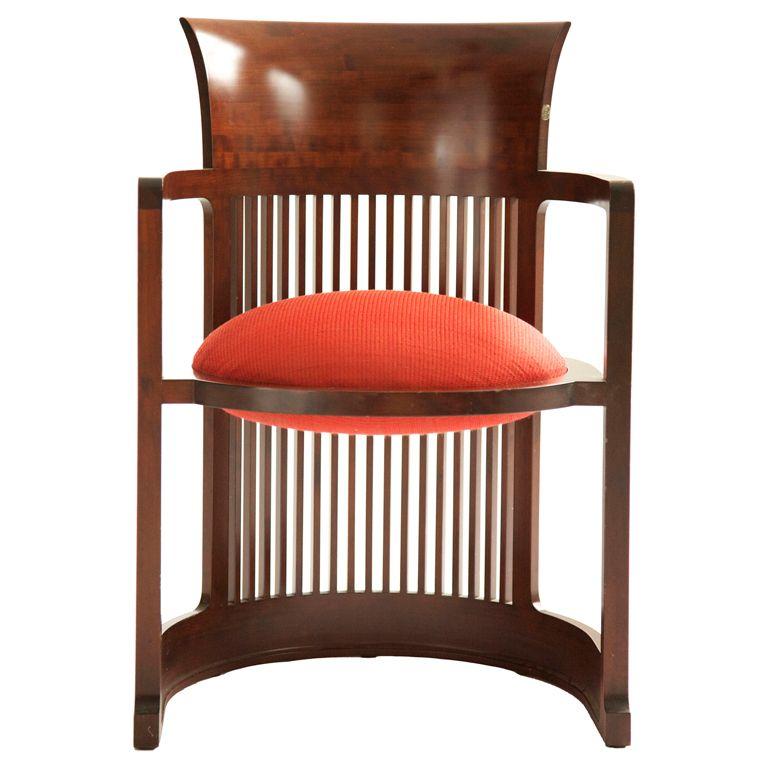 Frank Llyod Wright Barrel Chair USA 1937/1986 Frank Llyod Wright Barrel  Chair For Cassina