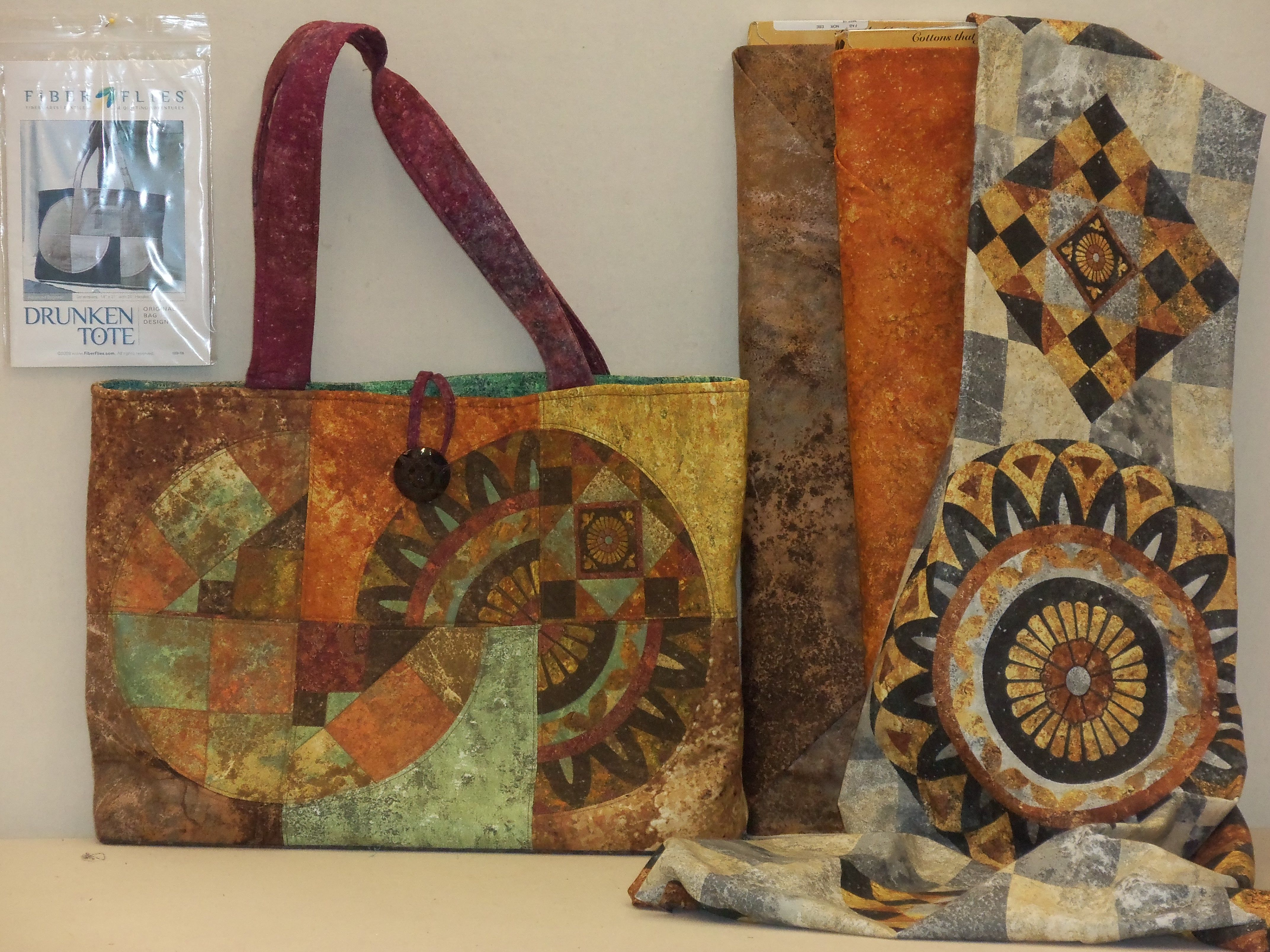 Awesome purse/tote bag from the stonehenge collection