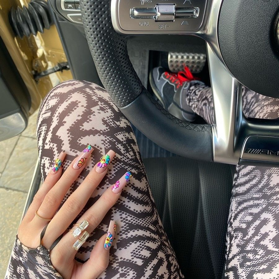 Kylie Jenner Nails 2020 In 2020 Kylie Jenner Nails Trendy Nails Celebrity Nails