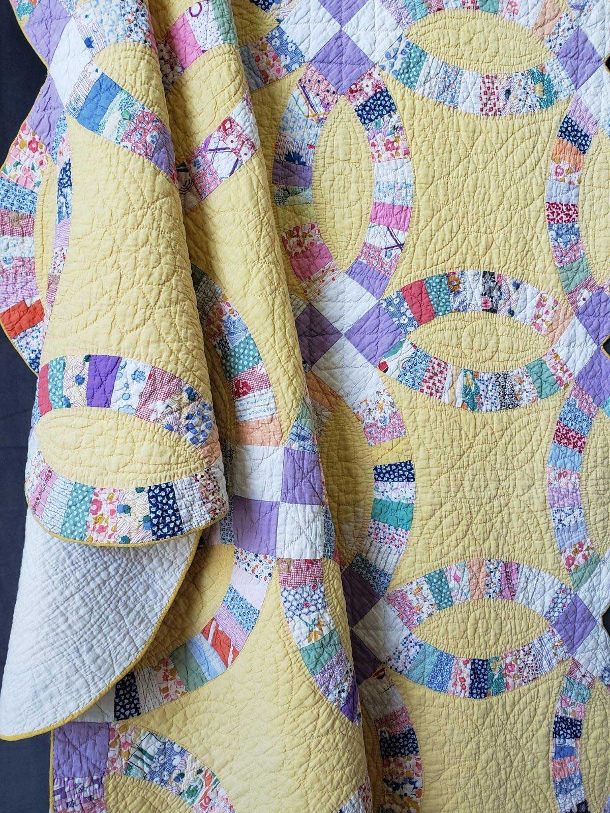 Vintage Wedding Ring Quilt Ideas 058 From 44 Awesome Vintage Wedding Ring Quilt Ideas Wedding Rings Vintage Wedding Ring Quilt Quilts