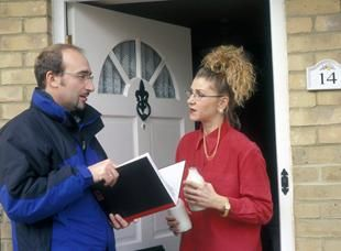 Doorstep loans no credit checks will assistance you raise quick money support within hours of applying