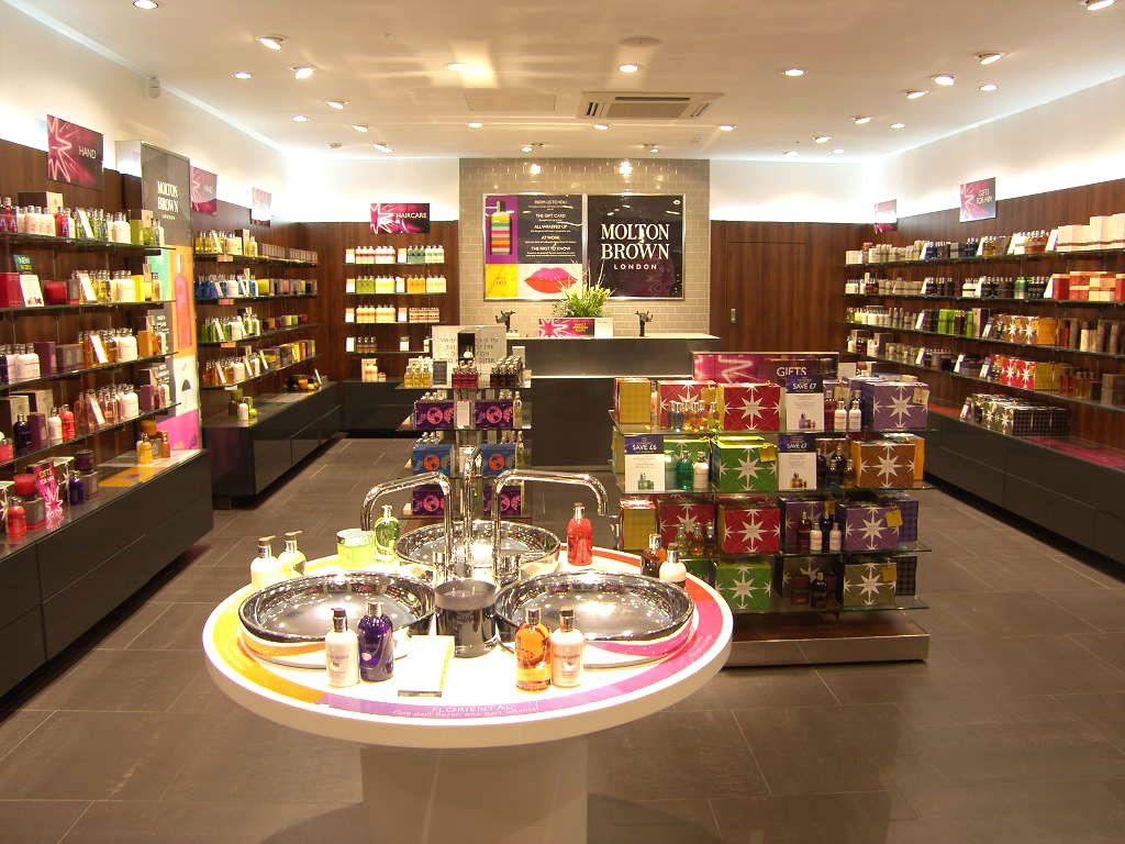 The MOLTON BROWN Cosmetics Store at Bath, designed by Molton Brown\'s ...