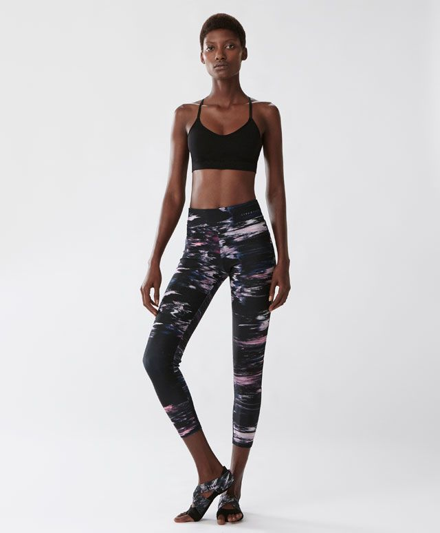 legging univers leggings tendances printemps t 2017 en mode femme chez oysho online. Black Bedroom Furniture Sets. Home Design Ideas