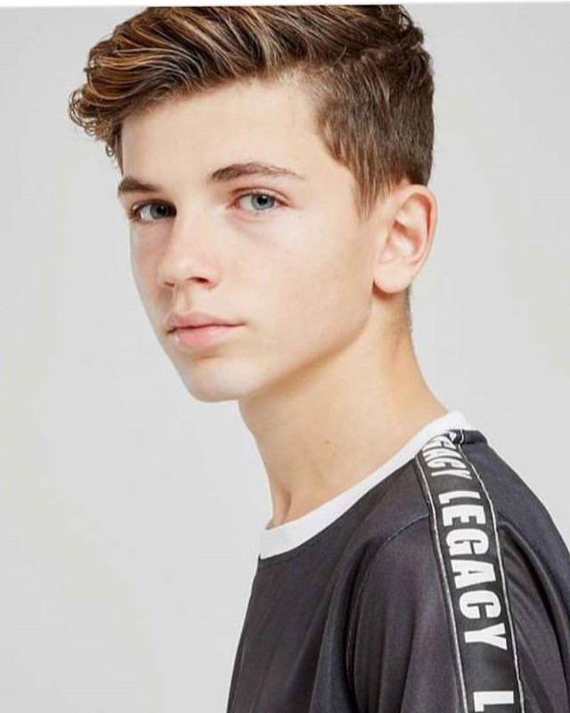 Pin By Mariamurk On Ozzy Teenage Boy Fashion Boy Hairstyles Young Cute Boys