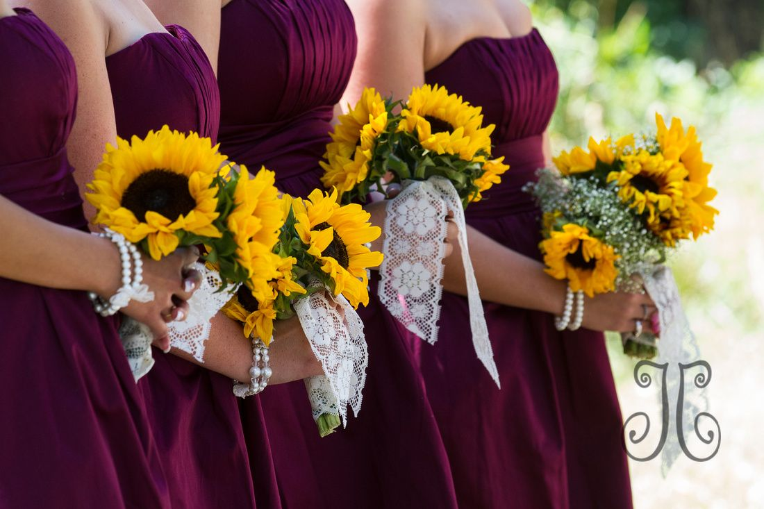 J Chase Photography Ceremony Burgandy wedding