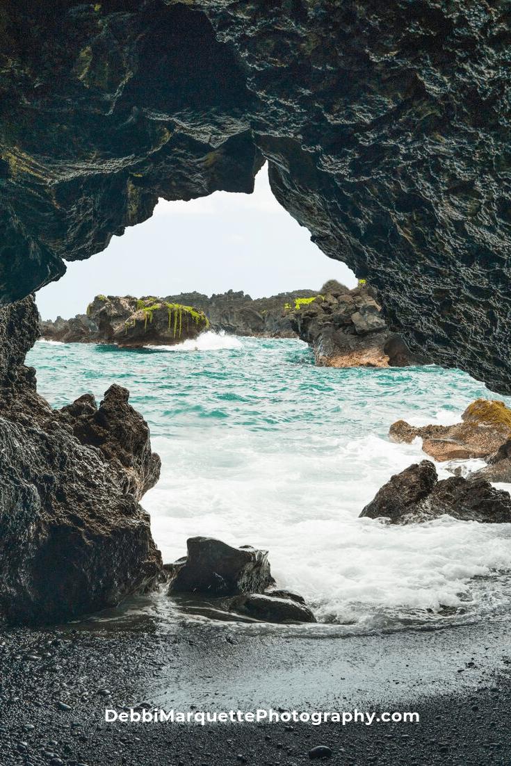 Lava Tube Seascape Photography Print In 2020 Seascape Photography Hawaii Photography Landscape Photography