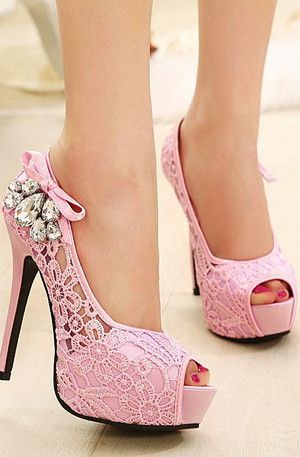 e50b18d52ef8 18 Cute High Heels Inspirations To Complete Your Girly Style