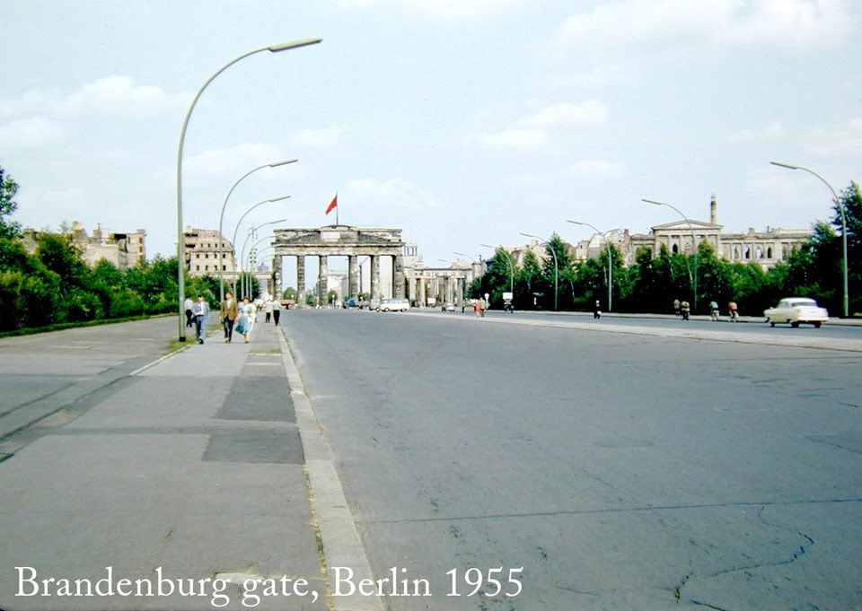 Photo Of Brandenburg Gate Berlin 1955 C Richard Albright Brandenburg Gate West Berlin Places To Travel
