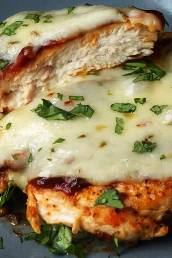 Chicken With Bacon and Pepper Jack Cheese - food -Baked Chicken With Bacon and Pepper Jack Cheese
