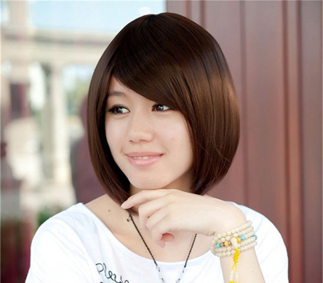 Korean-short-bob-hairstyles-for-valentines-day-2017