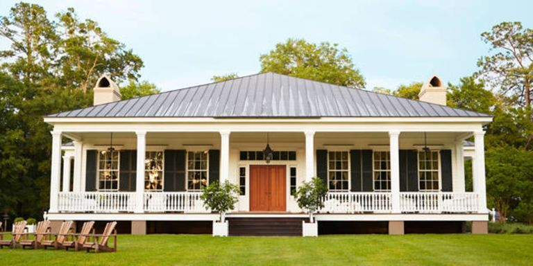 HOUSE TOUR Gracious Proportions Make For A Grand Home