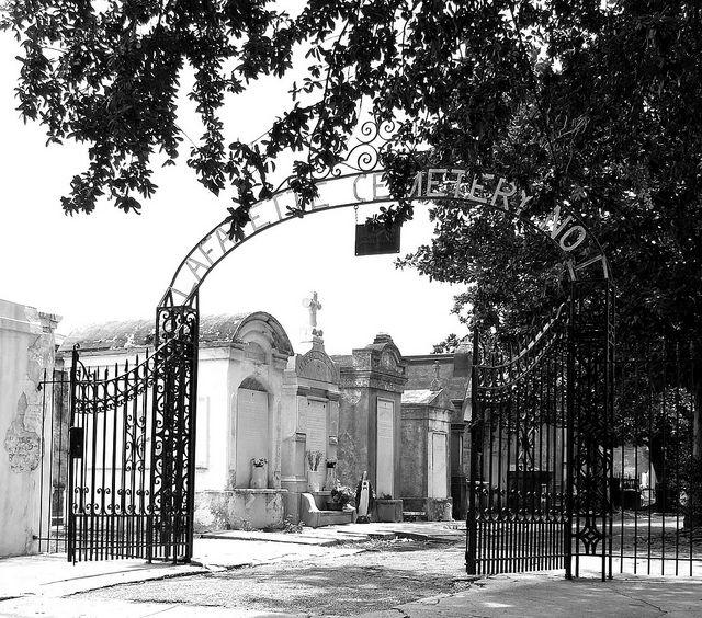 Lafayette Cemetery - Garden District, New Orleans